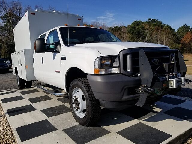 2004 Ford F450 Cab-Chassis 4WD Crew Cab 200