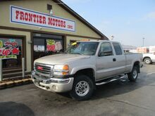 2004_GMC_Sierra 2500HD_SLE Ext. Cab Short Bed 4WD_ Middletown OH