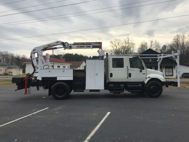 2004 INTERNATIONAL 4300 CREW CAB Knuckle Crane Crozier VA