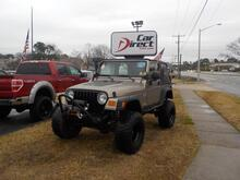 2004_JEEP_WRANGLER_4X4 MANUAL, BUY BACK GUARANTEE AND WARRANTY,  JBL SOUND SYSTEM, VERY LOW MILES ONLY 60K MILES!_ Virginia Beach VA