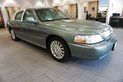 2004_Lincoln_Town Car_Signature_ Hardeeville SC