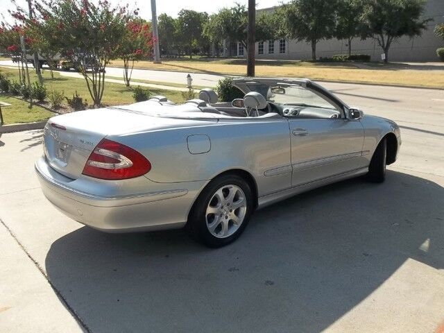 2004 Mercedes-Benz CLK320 Cabriolet **Navi/Warranty Available** Carrollton TX