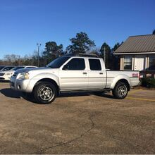 2004_Nissan_Frontier_XE-V6 Crew Cab Long Bed 4WD_ Hattiesburg MS