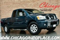 2004_Nissan_Titan_SE KING CAB - 5.6L V8 ENGINE 4 WHEEL DRIVE 2 TONE GRAY/TAN CLOTH POWER ADJUSTABLE PEDALS CHROME BUMPERS + SIDE STEPS_ Bensenville IL