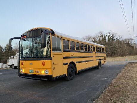 2004 Thomas Bus Safetliner Crozier VA