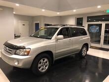 2004_Toyota_Highlander_V6 AWD 3rd Row Seating_ Manchester MD