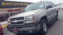 2005_CHEVROLET_AVALANCHE_LT, NORTH CAROLINA TRUCK NO RUST!!! CARFAX CERTIFIED, SAT RADIO, RUNNING BOARDS, TOW PKG, LOW MILES!_ Norfolk VA