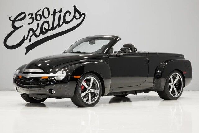 2005_Chevrolet_SSR_6.0 W/ Manual Trans & $20k in upgrades_ Austin TX