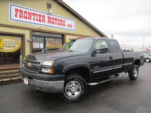 2005_Chevrolet_Silverado 2500HD_LS Ext. Cab Long Bed 4WD_ Middletown OH