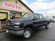 2005_Chevrolet_Silverado 2500HD_Work Truck Crew Cab Long Bed 4WD_ Middletown OH
