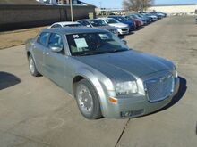 2005_Chrysler_300_Limited_ Colby KS