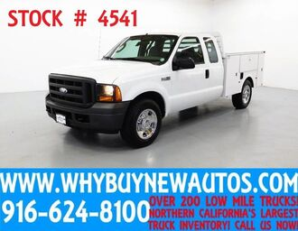 Ford F350 ~ Extended Cab ~ Hydraulic Lift Gate 2005