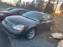 2005_Ford_Five Hundred_SE_ Charlotte NC