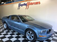 Ford Mustang GT Deluxe 2005
