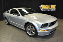 Ford Mustang GT Premium 5-Speed 2005