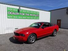 2005_Ford_Mustang_V6 Deluxe Convertible_ Spokane Valley WA