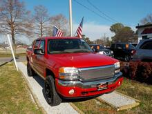 2005_GMC_SIERRA_1500 SLE CREW CAB, BUYBACK GUARANTEE, WARRANTY, LEATHER, TOW PKG, CRUISE CONTROL,ONLY 69K MILES!_ Norfolk VA