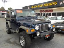 JEEP WRANGLER UNLIMITED 4X4, BUYBACK GUARANTEE, WARRANTY, SOFT TOP, RUNNING BOARDS, TOW PACKAGE, CD PLAYER, A/C! 2005