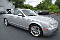 Jaguar S-TYPE 4.2L V8  2005