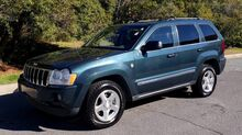 2005_Jeep_Grand Cherokee_Limited 4x4 / 5.7L V8 HEMI / SUNROOF / ROOF RACK_ Charlotte NC