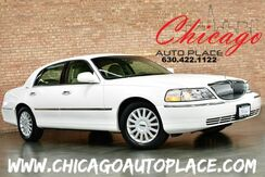 2005_Lincoln_Town Car_Signature - LOCAL TRADE 4.6L V8 ENGINE BEIGE LEATHER WOOD GRAIN INTERIOR TRIM POWER ADJUSTABLE PEDALS CHROME ACCENTS PREMIUM WHEELS_ Bensenville IL