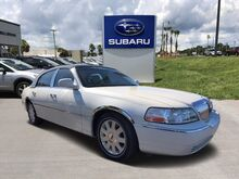 2005_Lincoln_Town Car_Signature Limited_ Leesburg FL