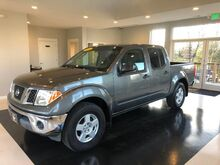 2005_Nissan_Frontier_SE 4WD Crew Cab_ Manchester MD