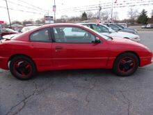 2005_Pontiac_Sunfire_Coupe_ Middletown OH