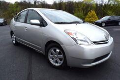 2005_Toyota_Prius__ Easton PA