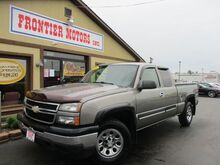 2006_Chevrolet_Silverado 1500_LS Ext. Cab 4WD_ Middletown OH
