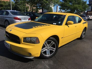 2006_Dodge_Charger_R/T_ Worcester MA