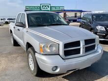2006_Dodge_Dakota_SLT Quad Cab 2WD_ Laredo TX