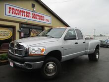 2006_Dodge_Ram 3500_SLT Quad Cab Long Bed 4WD DRW_ Middletown OH