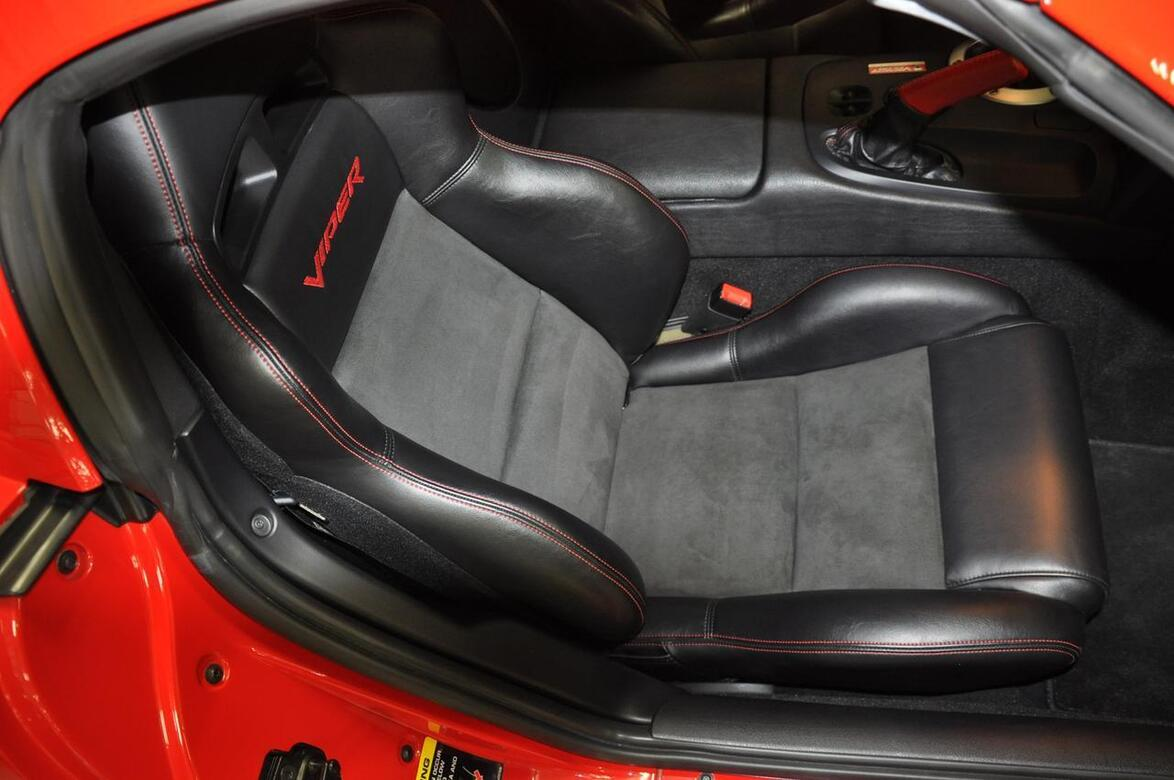2006 Dodge Viper VCA Edition SRT10 VCA Edition 37 of 50 Tomball TX