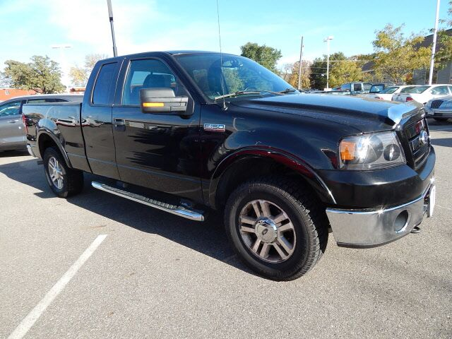2006 Ford F-150 SUPERCAB 145  LARIAT 4WD Waite Park MN