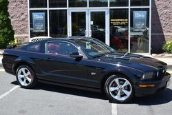 Ford Mustang GT Premium 5-Speed 2006