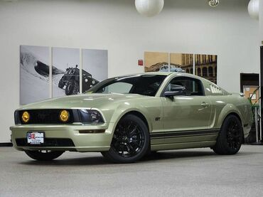 2006_Ford_Mustang_GT Premium_ Canton MA