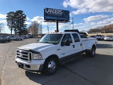 Ford Super Duty F-350 DRW Lariat 2006