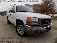 GMC Sierra 1500 SL**W/ Bed Topper** 2006