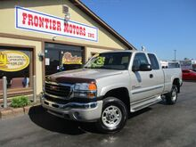 2006_GMC_Sierra 2500HD_SLT Ext. Cab 4WD_ Middletown OH