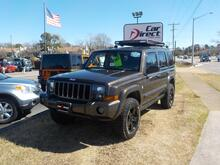 2006_JEEP_COMMANDER_BUYBACK GUARANTEE, WARRANTY, 3RD ROW, DVD ENTERTAINMENT, TOW PACKAGE, ROOF RACKS, AWESOME!!!_ Virginia Beach VA