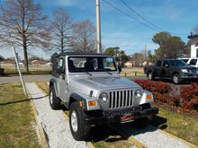 2006_JEEP_WRANGLER_X 4X4,BUYBACK GUARANTEE, WARRANTY, SOFT TOP, A/C, MANUAL, CD PLAYER, LOW MILES, VERY CLEAN!_ Norfolk VA