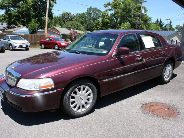 2006 Lincoln Town Car Signature Roanoke VA