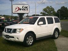 NISSAN PATHFINDER LE 4X4, AUTOCHECK CERTIFIED, RUNNING BOARDS, TOW PKG, SUNROOF, ROOF RACKS, ONLY ONE OWNER, MINT! 2006