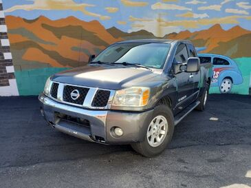 2006_Nissan_Titan_LE King Cab 4WD_ Saint Joseph MO