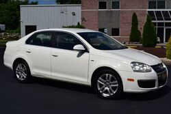 Volkswagen Jetta Sedan 1.9L DIESEL Edition 5-Speed 2006