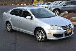 2006_Volkswagen_Jetta Sedan_2.5L_ Easton PA