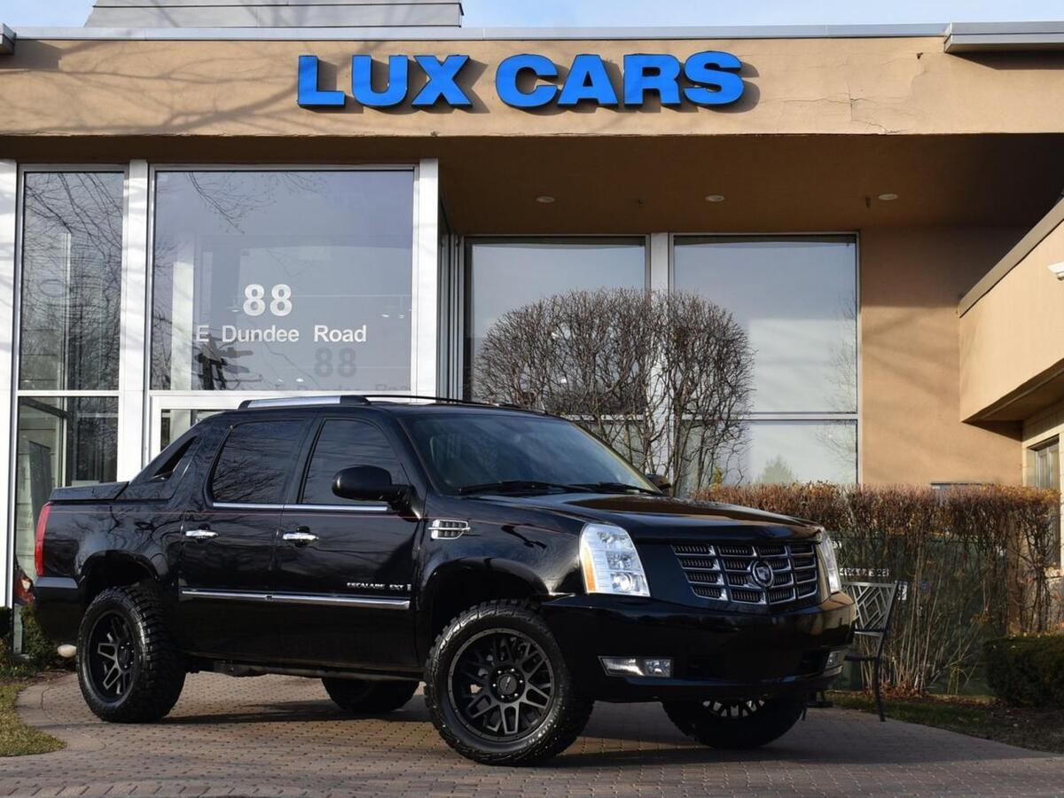 2007_Cadillac_Escalade EXT_Nav Rear DVD Lifted 4WD_ Buffalo Grove IL
