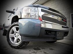 2007_Chevrolet_Silverado 1500_LT w/1LT Z-71 4X4 4dr Ext Cab_ Grafton WV