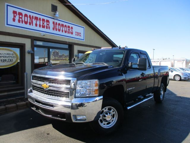 2007 Chevrolet Silverado 2500HD LT1 Ext. Cab 4WD Middletown OH